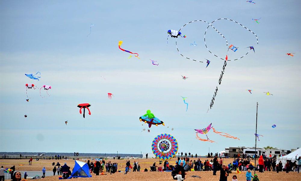 Grand Haven Kite Festival on Grand Haven State Park Beach